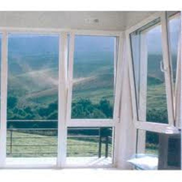 Ventanas aluminios pisa for Imagenes de ventanas de aluminio modernas
