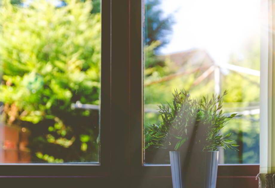 ¡Protección total! Instala tus ventanas de aluminio y repele los mosquitos.