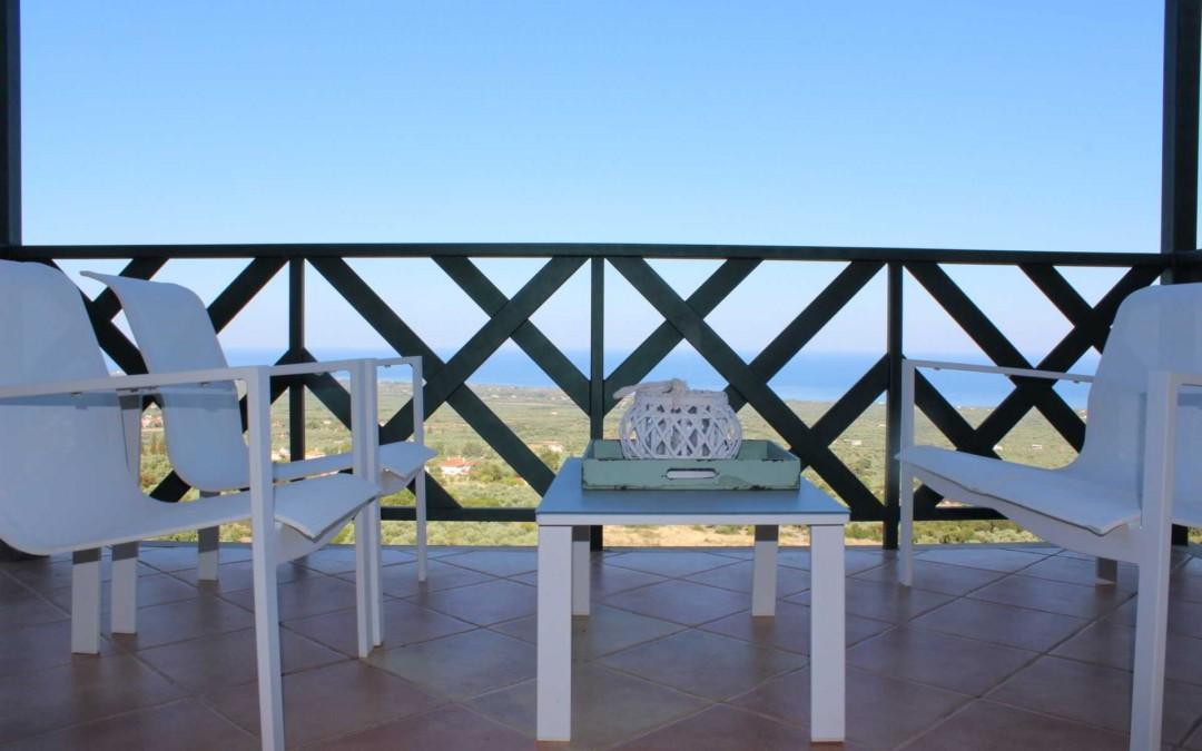 LUMON es tendencia este otoño para tu terraza o porche. Cristalería de alta calidad con Aluminios PISA.
